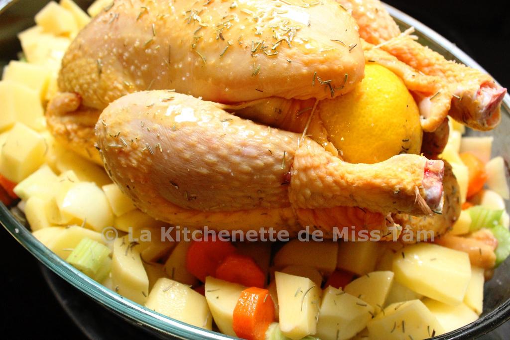 le poulet r ti fa on jamie oliver ou the perfect roast chicken la kitchenette de miss t mla. Black Bedroom Furniture Sets. Home Design Ideas