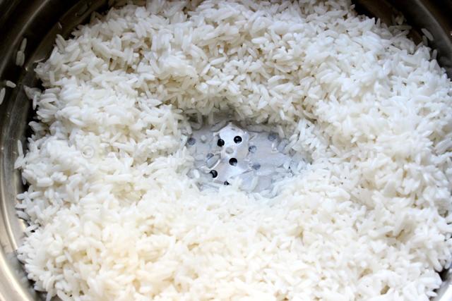 riz gluant aux saucisses chinoises lap cheong x i l p x ng t m kh la kitchenette de miss. Black Bedroom Furniture Sets. Home Design Ideas