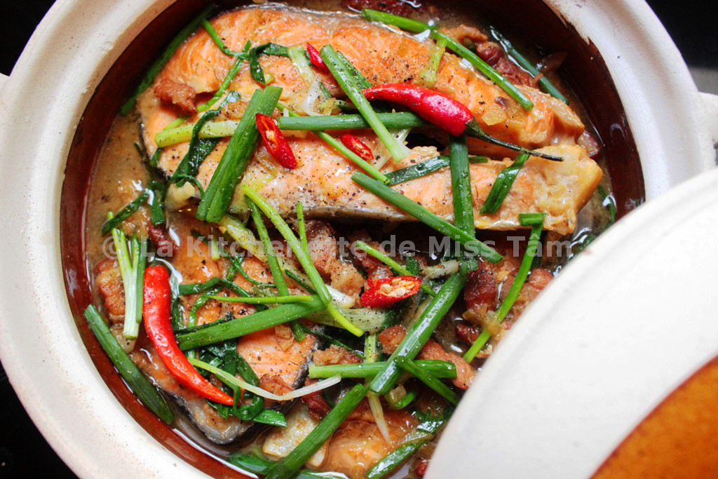 Poisson mijot la vietnamienne c kho t la for Achat poisson rouge paris 15