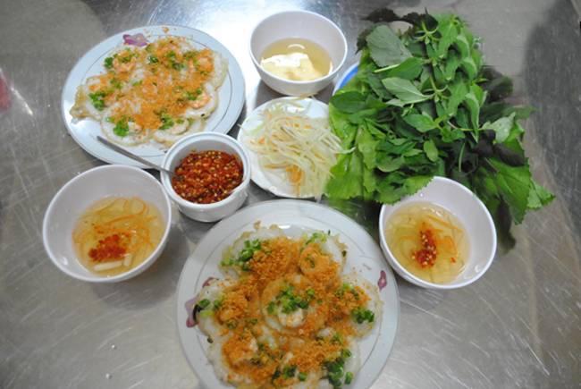 Copyright photo Châu H. Anh / Banh Khot, à Vung Tàu sur le site de Tim Quan Ngon.