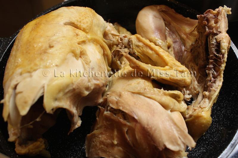 Poulet cuit pour bouillon La Kitchenette de Miss Tam